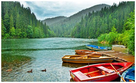 Lacul-Rosu-turism