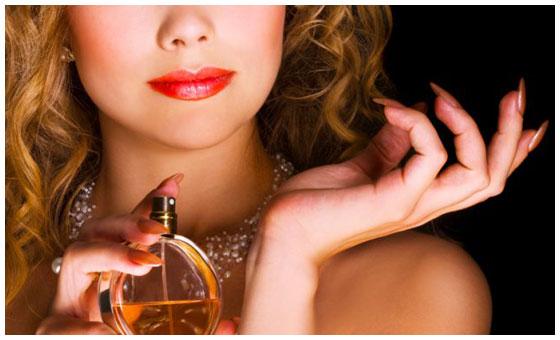 Cele-mai-bune-parfumuri